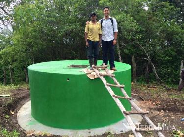 Jorge on water tank